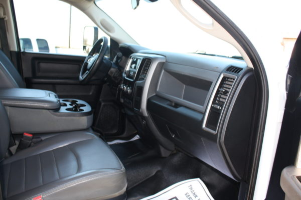0192 17 600x400 - 2015 RAM 4500 CREW CAB 12' LANDSCAPE DUMP