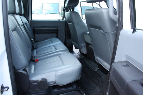 0213 20 600x400 - 2015 FORD F550 CREW CAB 4X4 11' FLAT BED