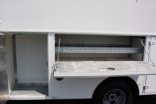 0220 10 600x400 - 2006 GMC G3500 SAVANA 12' SPARTAN UTILITY BODY