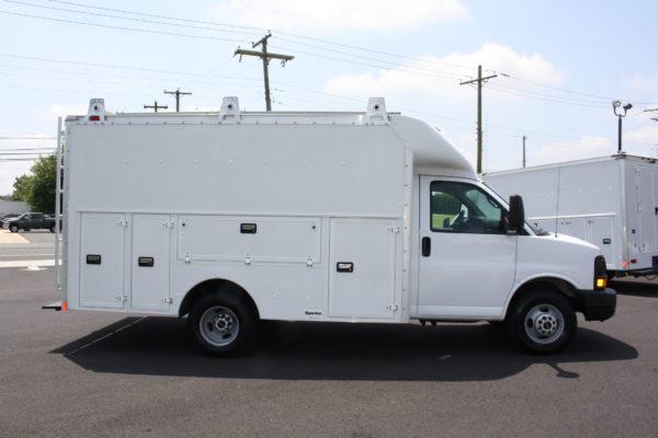 0220 4 600x400 - 2006 GMC G3500 SAVANA 12' SPARTAN UTILITY BODY