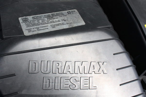 0216 14 1 scaled 600x400 - 2016 GMC G3500 SAVANA 14' BOX DURAMAX DIESEL