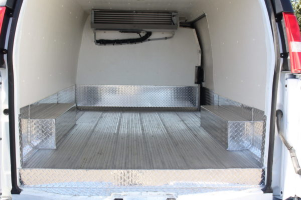 0226 11 scaled 600x400 - 2018 CHEVROLET G3500 EXPRESS CARRIER 30S REEFER VAN
