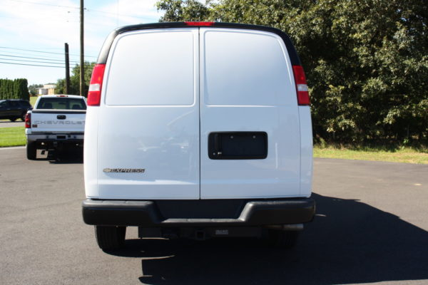 0226 5 scaled 600x400 - 2018 CHEVROLET G3500 EXPRESS CARRIER 30S REEFER VAN