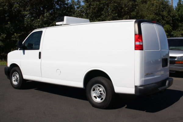 0226 6 scaled 600x400 - 2018 CHEVROLET G3500 EXPRESS CARRIER 30S REEFER VAN