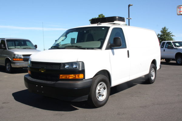 0226 8 scaled 600x400 - 2018 CHEVROLET G3500 EXPRESS CARRIER 30S REEFER VAN