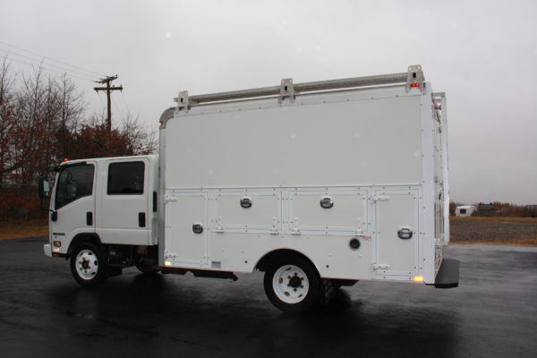 0240 9 600x400 - 2016 ISUZU NPR CREW CAB ENCLOSED UTILITY TRUCK