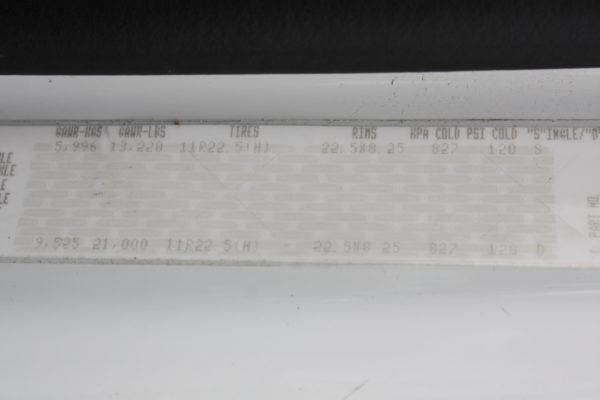 0245 64 600x400 - 2013 FREIGHTLINER M2106 4X4 UTILITY TRUCK