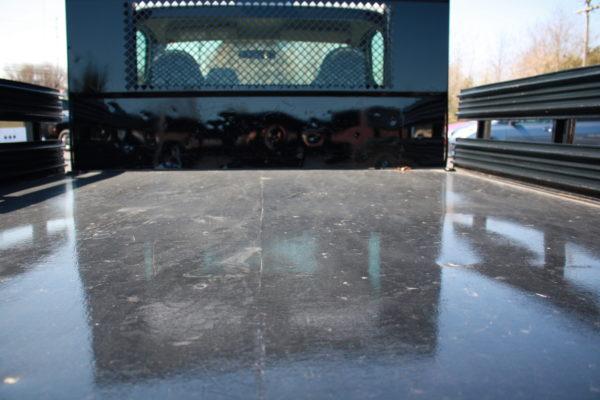 0235 12 600x400 - 2008 FORD F350 4X4 STAKE BODY W/PLOW
