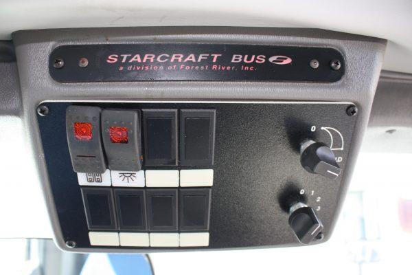 0236 13 600x400 - 2011 FORD E350 STARCRAFT 13 PASSENGER MINIBUS WHEELCHAIR LIFT
