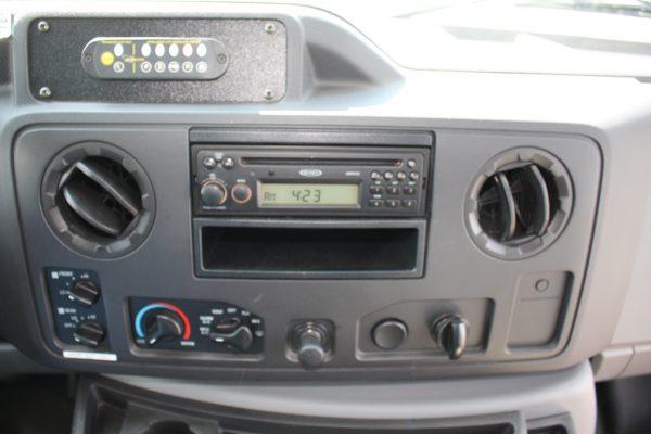 0236 14 600x400 - 2011 FORD E350 STARCRAFT 13 PASSENGER MINIBUS WHEELCHAIR LIFT