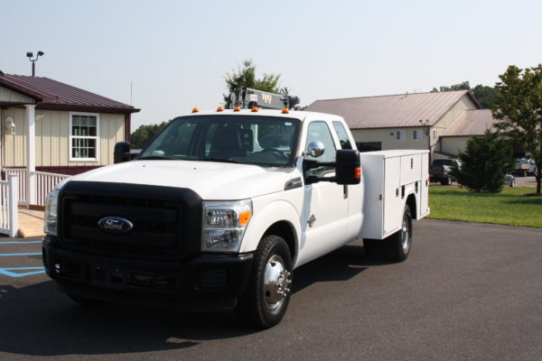IMG 8019 600x400 - 2011 Ford F350 Crane Truck