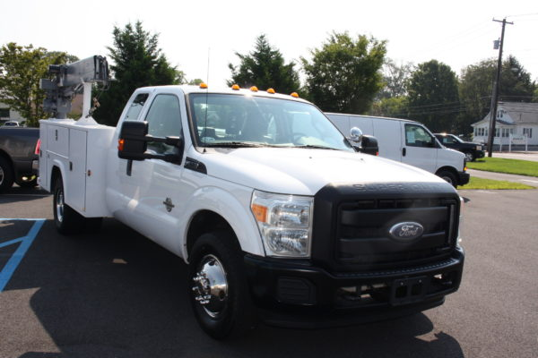 IMG 8020 600x400 - 2011 Ford F350 Crane Truck