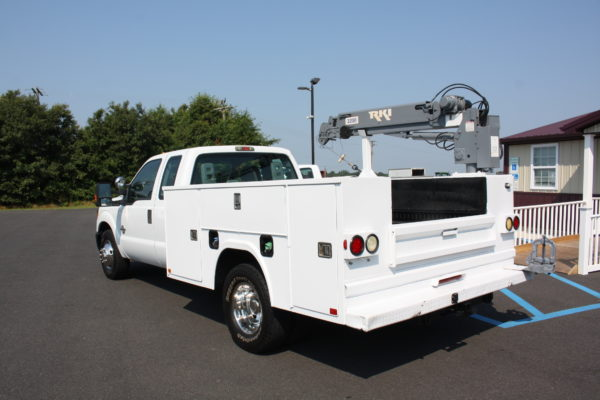 IMG 8024 600x400 - 2011 Ford F350 Crane Truck