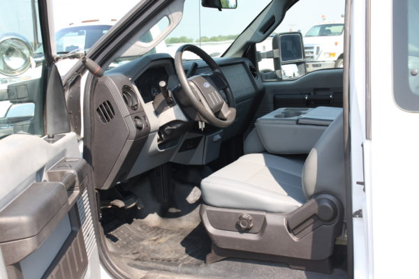 IMG 8025 600x400 - 2011 Ford F350 Crane Truck