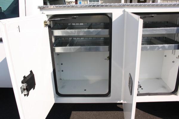 IMG 8100 600x400 - 2012 GMC SIERRA 3500HD DURAMAX DIESEL OPEN UTILITY